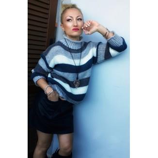 Maglione a righe con collo alto | Mila