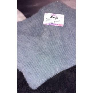 Maglione di lana peluche aderente scollo