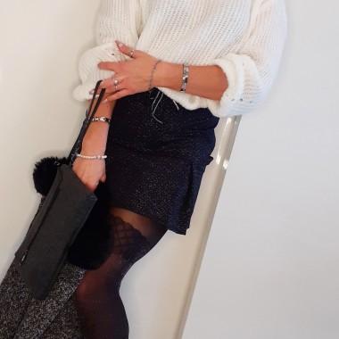 Minigonna a pieghe nera e argento |