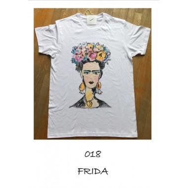 T-shirt artistiche dipinte a mano   Arte