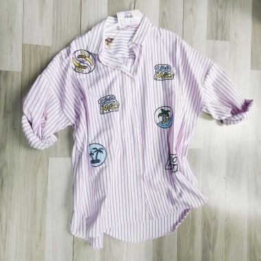 Camicia da donna rigata con pacthwork |