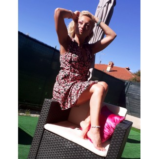 Abito corto a fiorellini rosa | Vicky